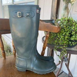 Hunter Gloss Tall Rain Boots Olive Green 9 Indigo